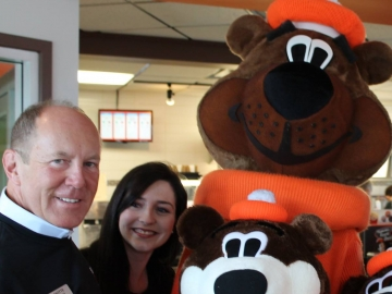 A&W's Burgers to Beat MS with Root Bear