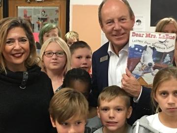 Read-in Week at Delwood School