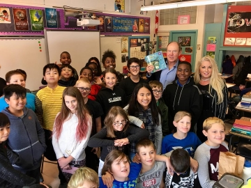 A pleasure to meet and read to the Grade 5-6 Logos Christian class at Kensington School. Special thanks to teacher Jaelene McEwen - October 9, 2018