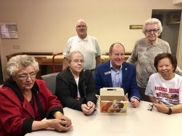 Chatting with residents at St. Elias Pusanka Manor - Oct 11 2017