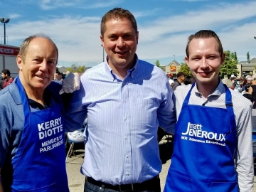 Glad to help serve hundreds of people at my MP colleague Matt Jeneroux's K-Days BBQ with our leader Andrew Scheer, Michael Cooper and others - July 21, 2018