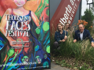 Meeting some artistic students working at the Thousand Faces Festival with support of the Canada Summer Jobs Grants program - July 10, 2018